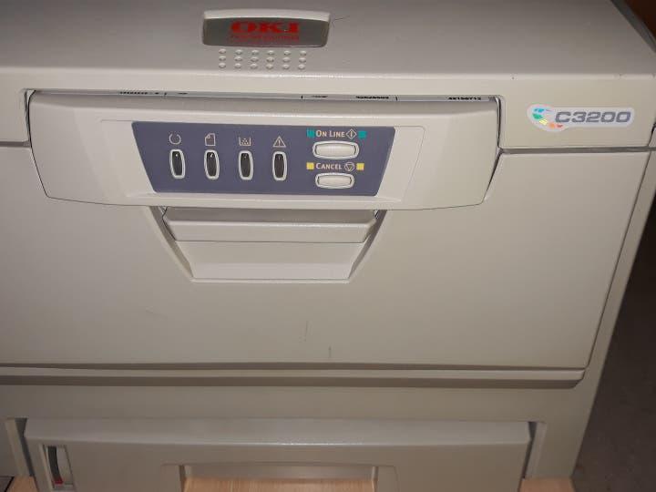 Impresora laser oki c3200