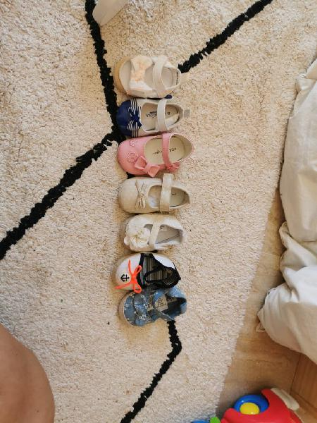 7 pares de zapatos nuevos talla 16