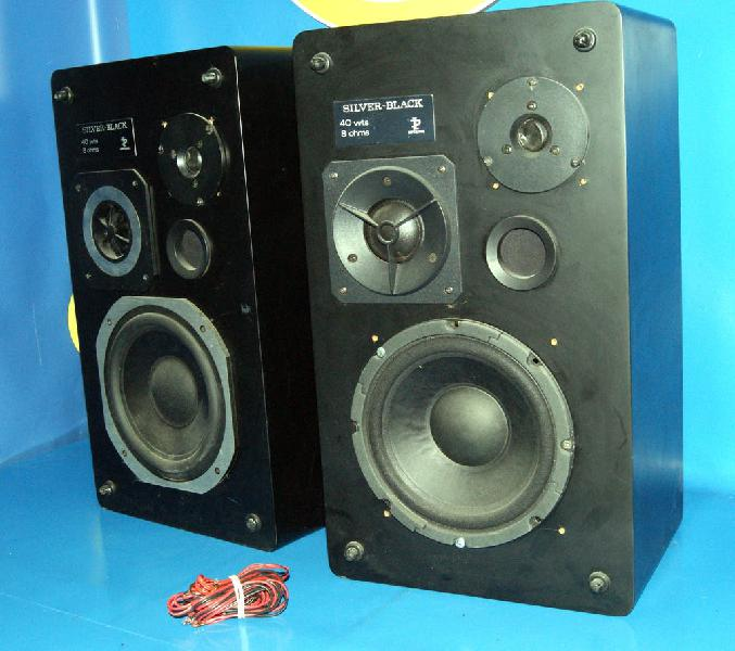 Altavoces imperator modelo silver black 40 watts