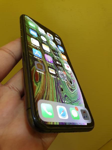 I phone xs 256 gb con 1 año de garantía.