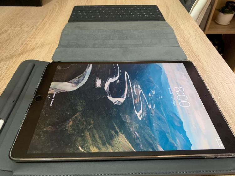 Ipad pro 10'5 64 gigas + funda teclado + apple pen