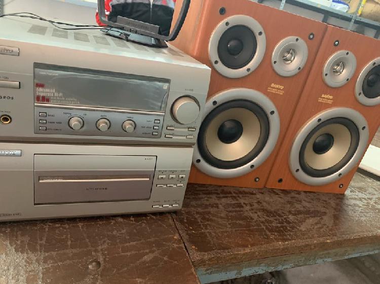 Radio + casette sanyo