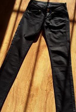 Pantalón vaquero t.34/xs bershka