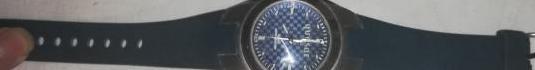 Reloj sin usar, se puede ver por la pulsera