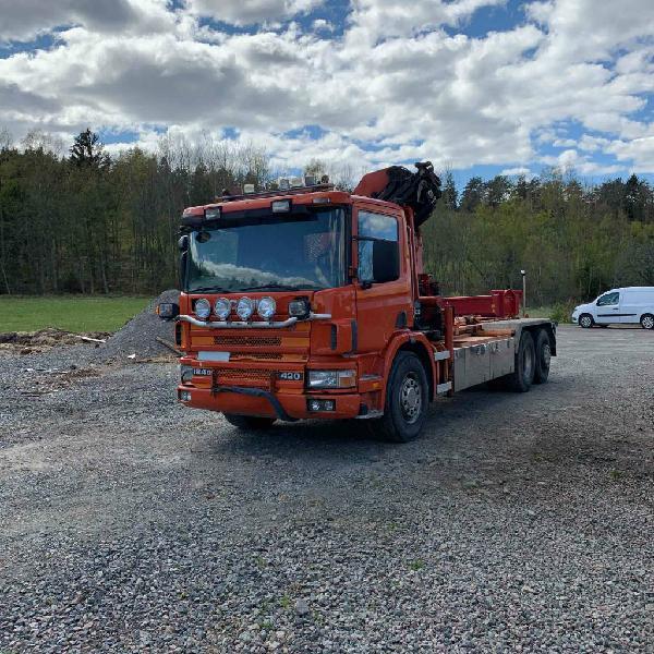 Scania 124 g 420 6x2 crane hook