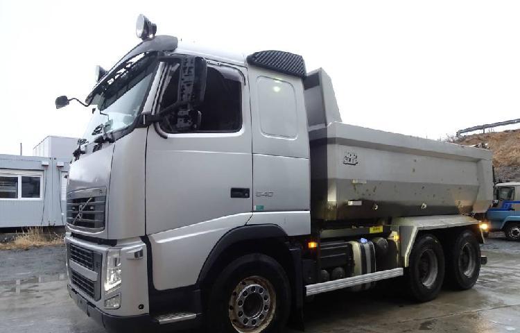 Volvo fh 540 6x4 551 cv dump tipper truck en venta