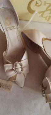 Zapatos fiesta de sara navarro