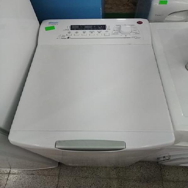 Lavadora carga superior hoover 6 kgs.