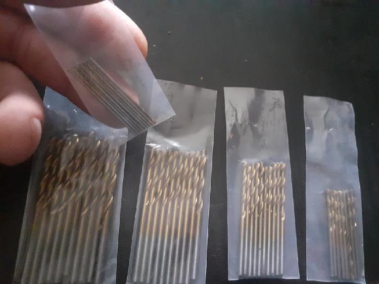 Mini brocas metal