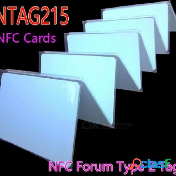 Ntag215 nfc tarjetas nfc forum tipo 2 etiqueta 13.56mhz iso / iec 14443 una tarjeta rfid para todo el teléfono móvil nfc 50pcs / lot 50pcs / lot