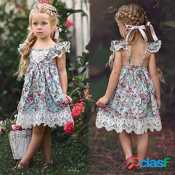 Lindo vestido con estampado floral, vestido de tiras con cuello redondo y mangas de pétalos para niños pequeños.
