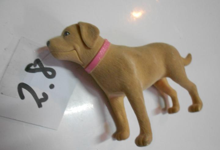 Antiguo perro barbie tamaño mediano