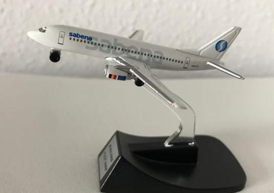 Avión boeing 737 sabena 1:460