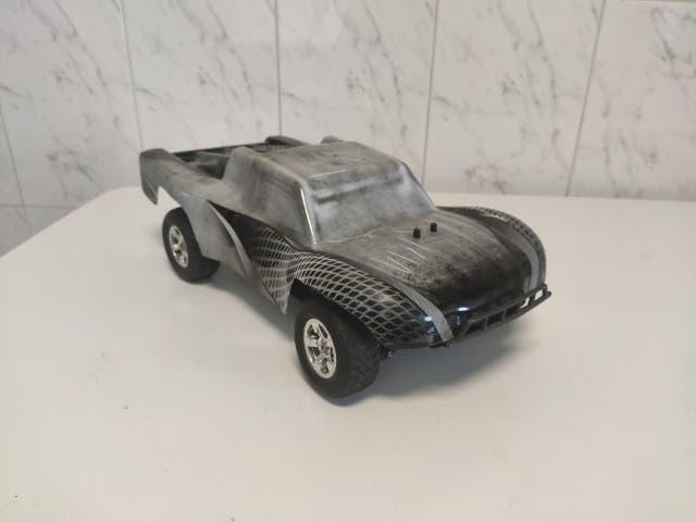 Coche rc brushless 1/16