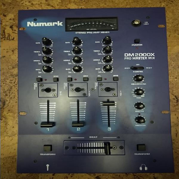 Mesa mezclas numark dm2000x 3 canales