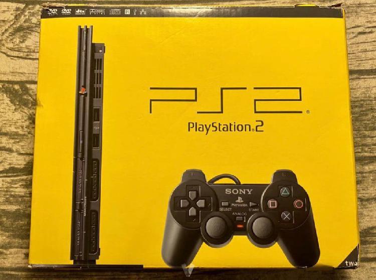 Ps2 slim, 2 mandos, memory, juegos (coleccionista)