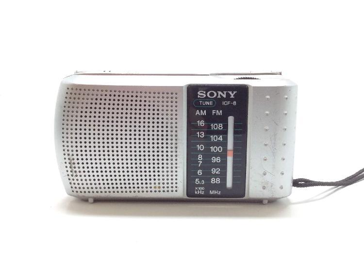 Radio portatil sony icf8