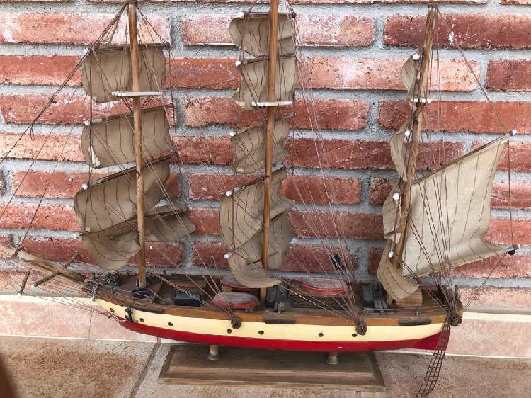 Barco madera 80x70