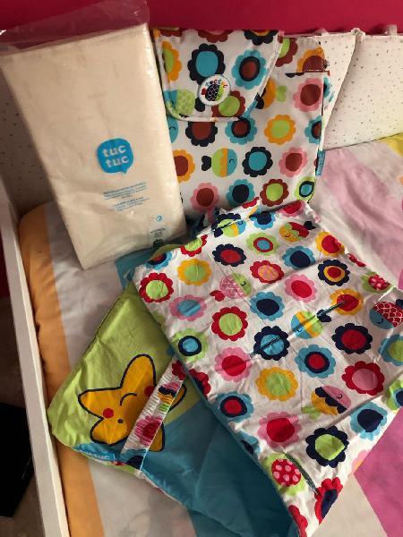 Bolso y colchoneta carro bebe