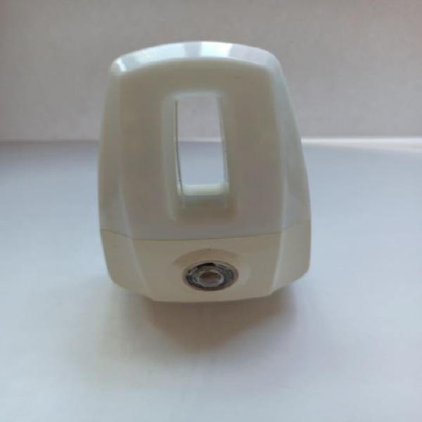Luz piloto (led) con sensor de luz.