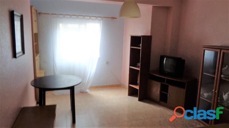 Apartamento a tan solo 100 metros de la Playa de Acequión, Torrevieja 2