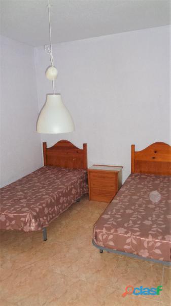 Apartamento a tan solo 100 metros de la Playa de Acequión, Torrevieja 3