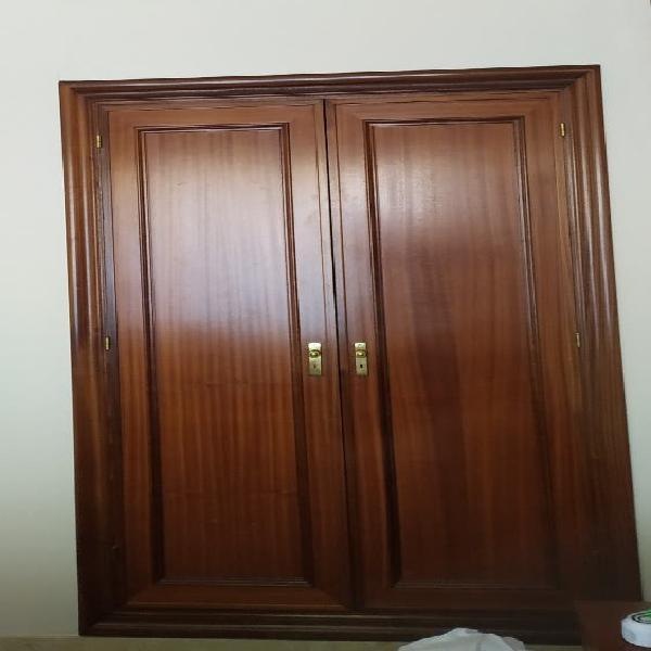 2 juegos de puertas de armario de madera maciza