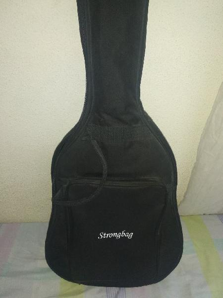 Guitarra clásica alhambra 3c, tapa maciza