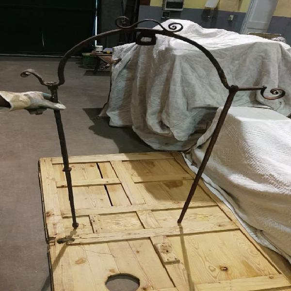 Hierro brocal de pozo forjado forja antiguo