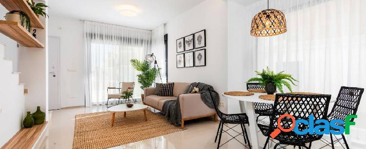 Dúplex de 3 dormitorios con parking privado en Ciudad Quesada 1