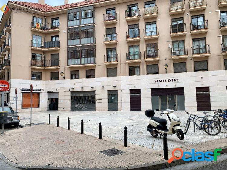 Local comercial en venta en calle antonio agustin y c/rincon 2