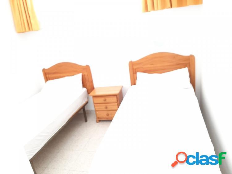 Apartamento con dos dormitorios en alquiler con vistas al mar!! 3