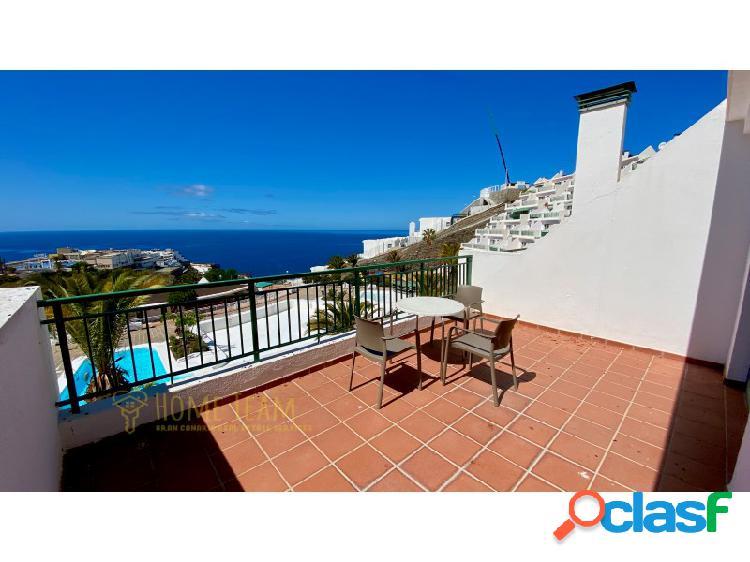 Luminoso apartamento con una gran terraza soleada y con magníficas vistas al mar