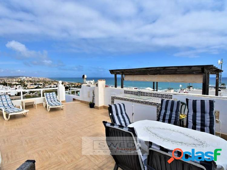 Casa adosada con vistas al mar en Lomas del Mar, La Mata. 3