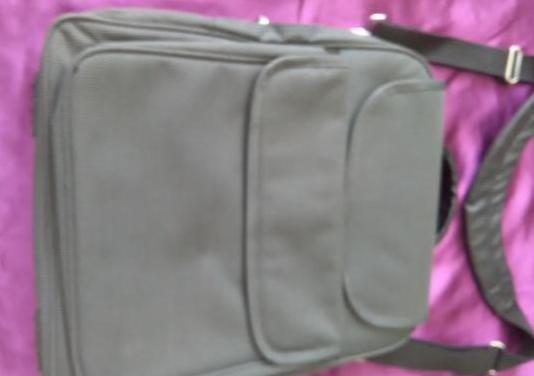 Maletín-mochila ordenador