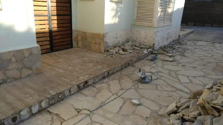 Piedra natural revestimiento fachada