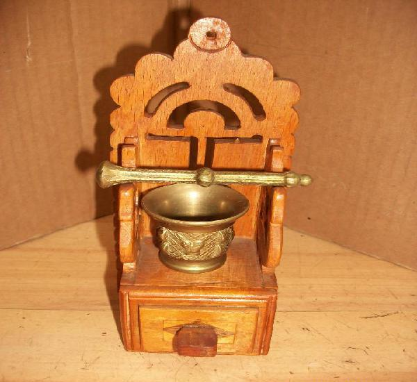 Almirez/mortero con mueble de madera-almeria
