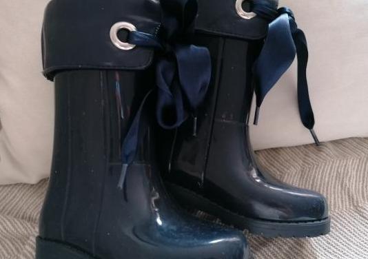 Dos pares de botas niña