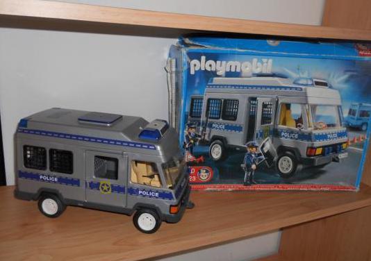 Furgon policia playmovil