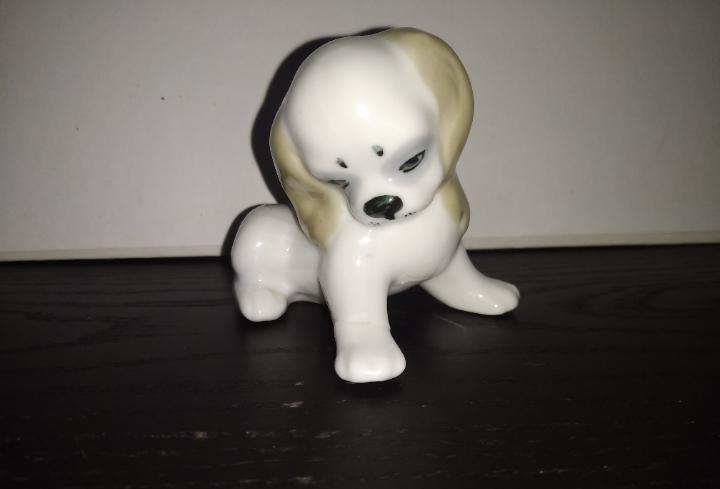 Precioso y antiguo perro porcelana bone china japan cda3