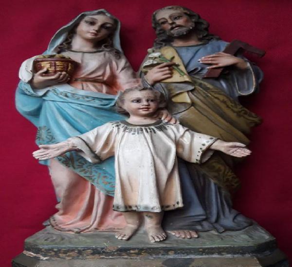 Sagrada familia. imagen de olot,