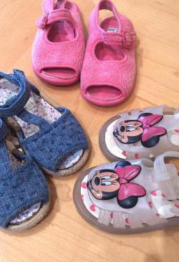 Sandalias t. 24 niña chanclas zapatillas