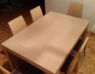 Vendo mesa, 6 sillas y una cómoda de roble