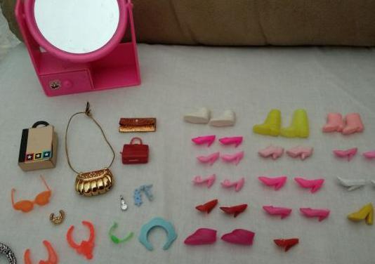 Calzado y accesorios barbie