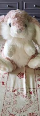 Conejito rosa de peluche para bebe