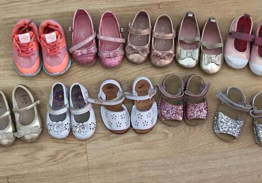Lote de zapatos talla 20 y 21 niña