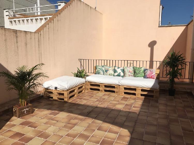 Conjunto palets y cojines terraza/jardin