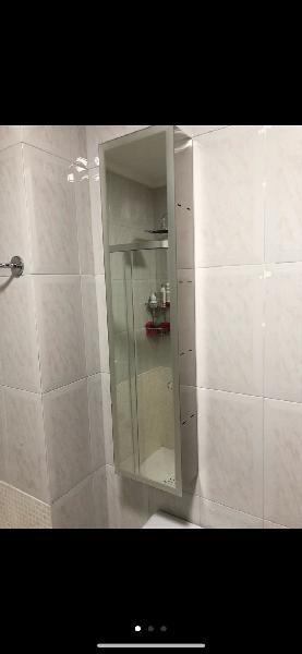 Mueble acero espejo