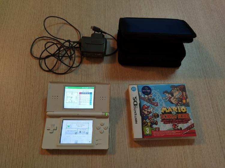 Nintendo ds + 2 juegos + estuche