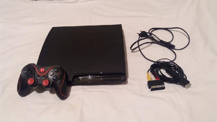 Play station 3 slim negra